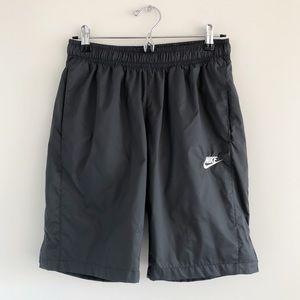 Men's Nike Dark Gray Waterproof Shorts S